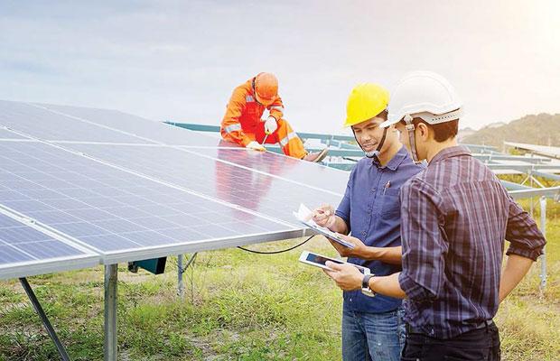 Solar Skilled Construction Manpower Sharing Service - Samptel Energy